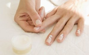 How To Apply Cuticle Cream And Oil On Nails