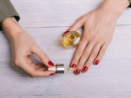 does cuticle oil help nails grow
