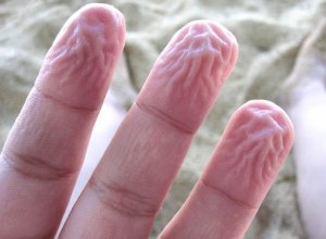 Do Nails Grow Faster In Water